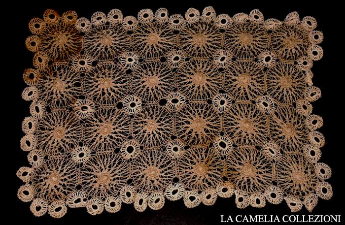 centro rettangolare punto tenerife secolo 800 - cm 20 x 35 - la camelia collezioni.jpg